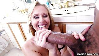 Julia ann houdt van monster cock