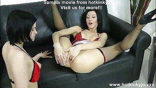 Een andere elleboog diep anaal vuistneuken en buik bobbel hotkinkyjo