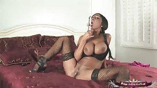 Sexxxxy indische pryia rai dildo