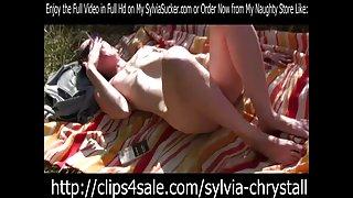 Eva 120 naakte erotische buiten roken door sylvia chrystall