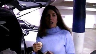Lekker pijpen in de auto