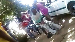 Afrikaanse teven neuken op straat