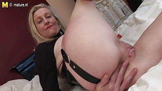 Kinky britse moeder haar wijde kut