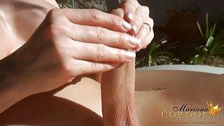 Mariana cordoba aan de zon