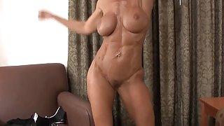 Cougar janet mason laat haar fit lichaam