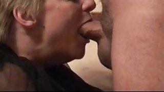Mama deepthroats papa...zooo hot